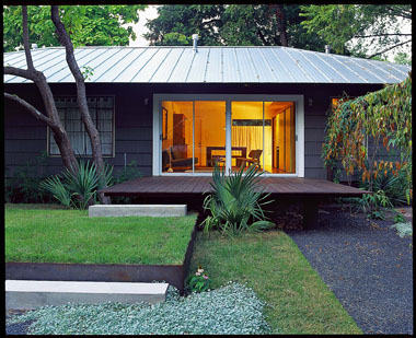 Bold Backyard Landscape Design