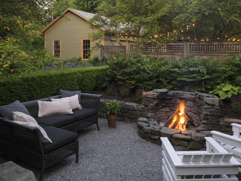 Party Central: A Firepit Garden for Summer Nights